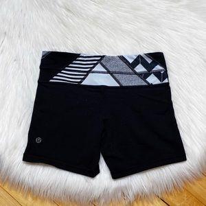 Lululemon Boogie Shorts Black Reversible Size 4